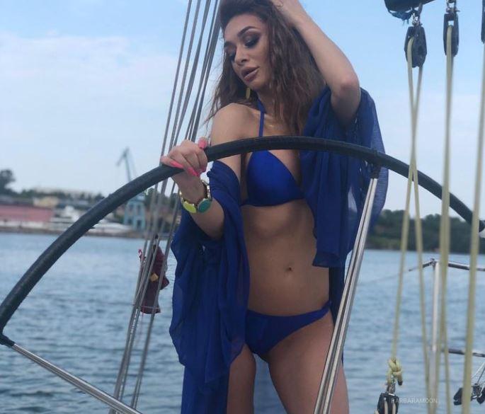 BarbaraMoon Model GlamourCams