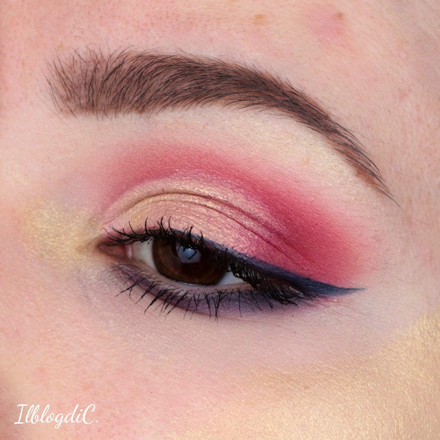Make up Different II Mulac Cosmetics