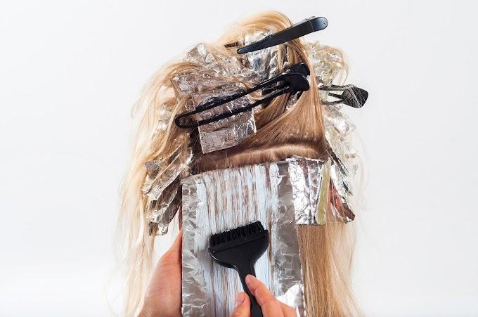 Kąpiel rozjaśniająca włosy