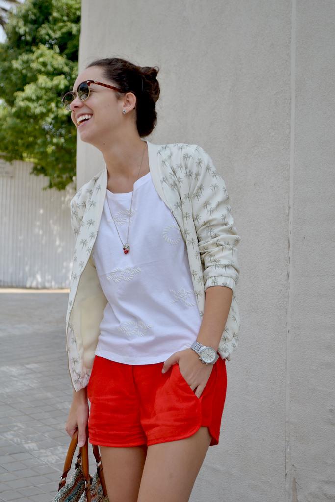 Pantalones Cortos Color Rojo U00a1NUEVO CATALOGO! | Moda Y Tendencias 2018 - 2019 | SomosModa.net