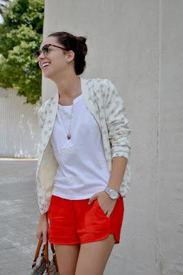 Pantalones Cortos Color Rojo