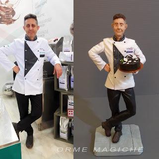 Statuetta pasticcere modellino partendo da fotografia cuoco ritratto torta orme magiche
