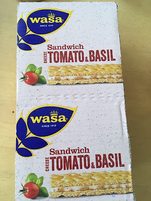 コストコのトマト&バジルクラッカー