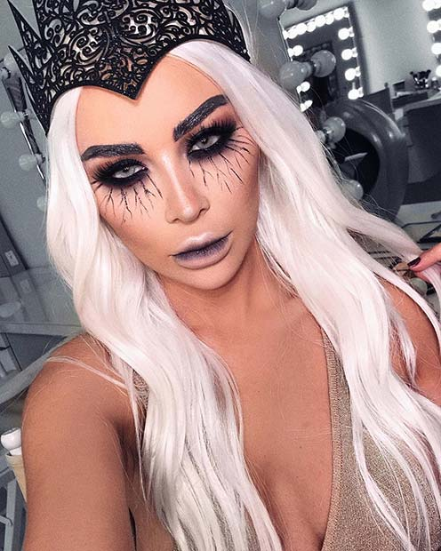 Give yourself a magical makeover this Halloween with our witch makeup ideas ✘ 25 Witch Halloween Makeup Ideas To copy In 2020