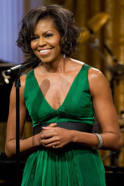 Estilo de Michelle Obama, vestidos, looks dos melhores momentos da 1ª dama dos EUA, vídeo do baile