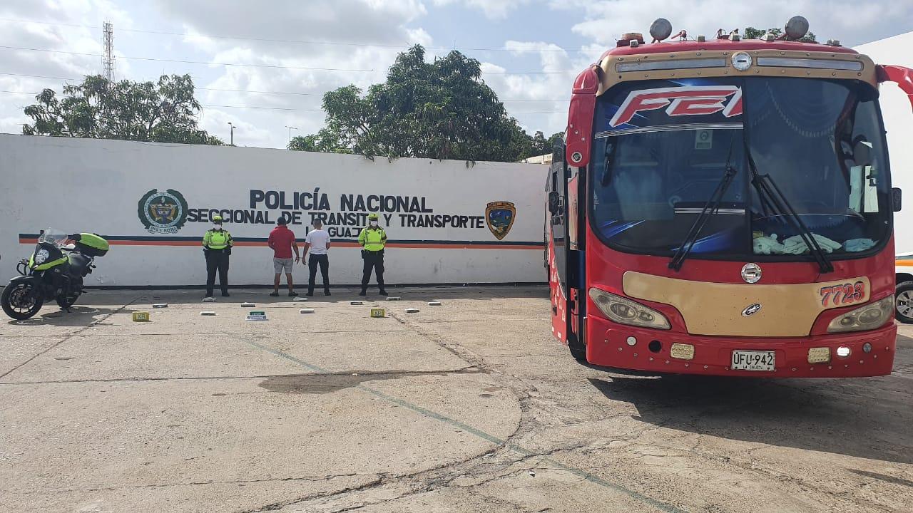hoyennoticia.com, En un bus llevaban $78 millones en Coca