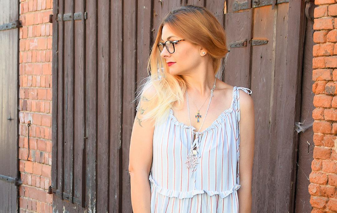H&M Sommerkleid mit Streifen, Bambus Handtasche