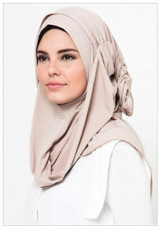 Trend Gaya Hijab Simple Elegan
