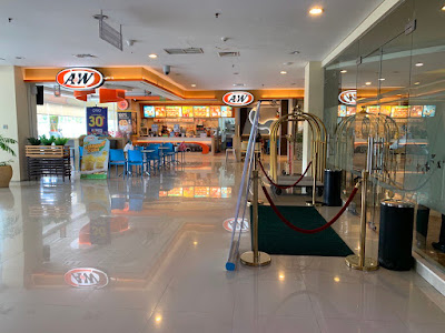 A&W restaurant at Best Western Papilio Hotel