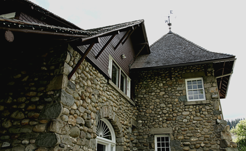 Jasper Park Information Centre Alberta