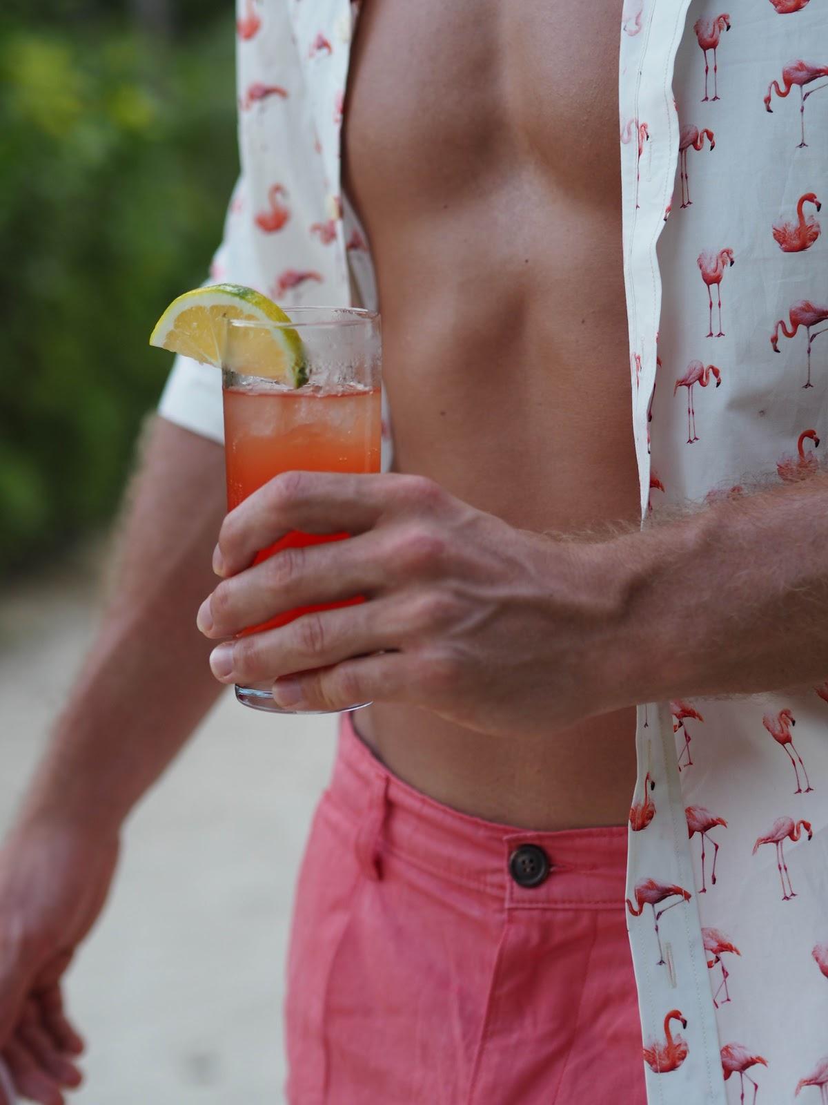 Simon Carter Shirt, Abs and Cocktail