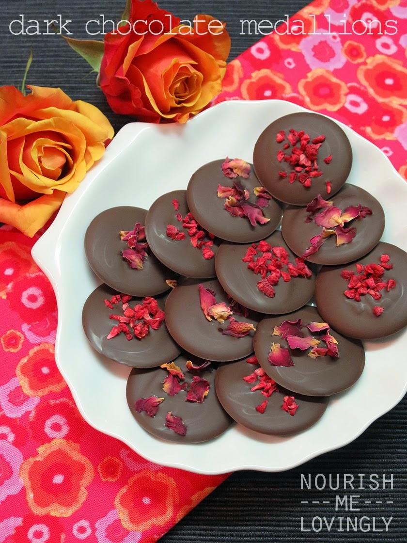 Dark_Chocolate_Medallions_Valentines