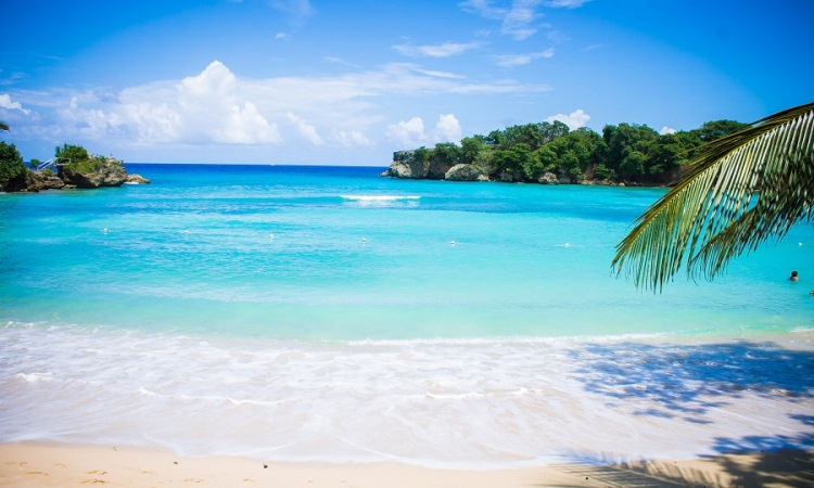 16 Wisata Pantai di Semarang & Sekitarnya yang Wajib Anda Kunjungi