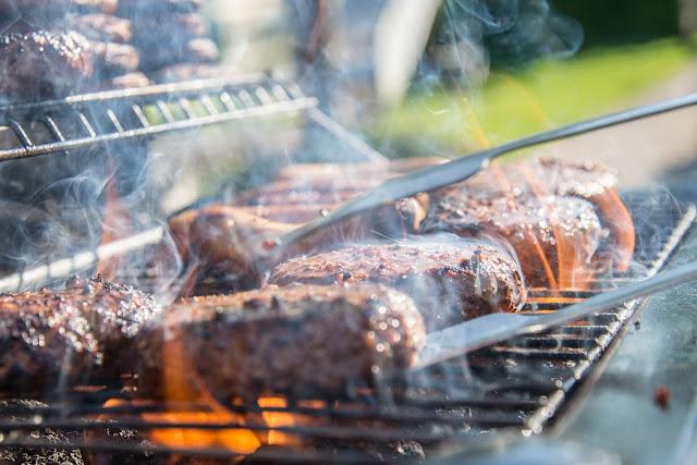 Prezenty dla męża - 3 propozycje idealne na grill