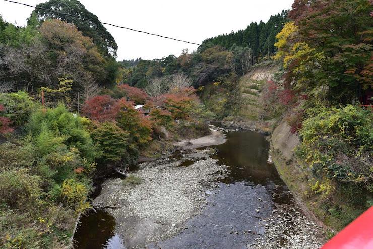観音橋から眺める渓谷