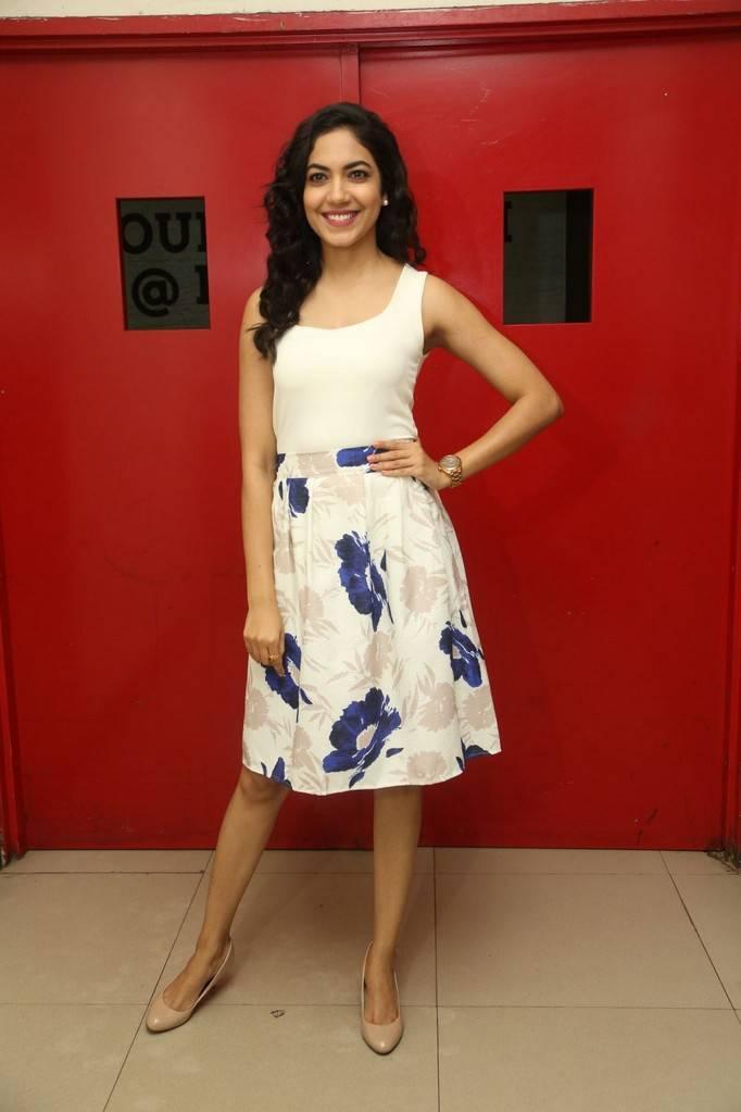 Hyderabad Beautiful Telugu Girl Stills In White Mini Skirt Ritu Varma