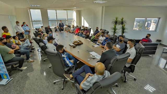 Presidente Alex Redano participa de encontro do setor de eventos com o chefe da Casa Civil do Governo