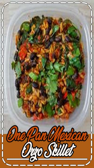 This Mexican Orzo Skillet is an easy one pan meal prep recipe for the week. Swap out the chorizo to make it an easy vegetarian recipe. This is a great healthy lunch recipe and an easy make ahead meal prep for beginners! #orzo #vegetarianrecipe #mealprep #mealpreprecipe #workweeklunch