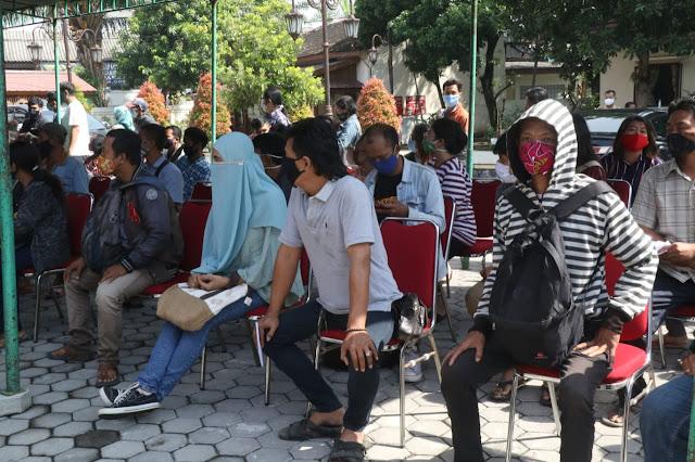 Walikota Solo Launching Penyaluran Bantuan Sosial Tunai dari DID