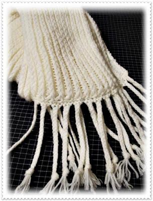 bufanda hecha con telar, punto cruzado sencillo