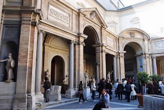 Cour octogonale Pio Clementino