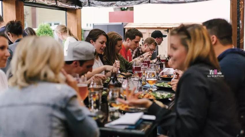 Sogno di una cena di mezza estate: l'esperimento sociale di Tommaso Giani