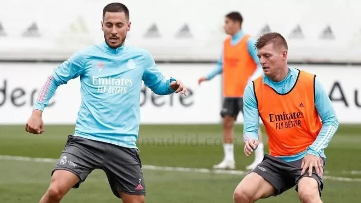 Real Madrid train with Kroos but without Mendy