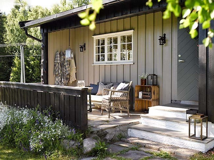 Before and After: A Traditional Norwegian Cabin Gets a Beautiful Colour Update