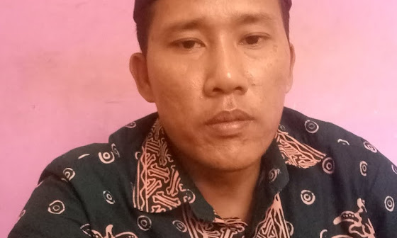 Startegi Pemasaran Dalam Meningkatkan Penjualan Batik Royyan Collection Tuban Menurut Pemasaran Syariah