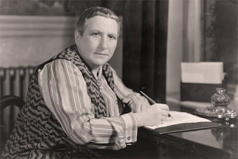Biografía de Gertrude Stein