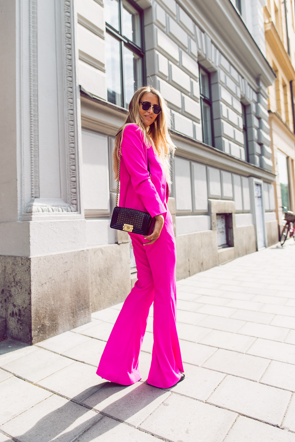 Janni Deler -  Pink Suit + Chanel Boy Bag -Stockholm Fashion Week, Street Style