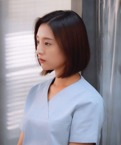 Letnan myung joo hairstyle in descendants of the sun