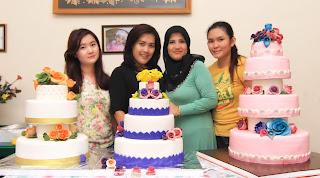 wedding cake, belajar wedding cake pekanbaru, pesan wedding cake pekanbaru, belajar wedding cake di jakarta, belajar wedding cake di malaysia, belajar wedding cake surabaya, belajar wedding cake di makasar
