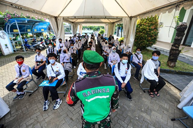 Kota Bandung Mulai Gelar Vaksinasi Covid-19 Usia 12-17 Tahun (SMP dan SMA)