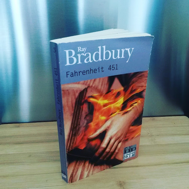 Fahrenheit 451 de Ray Bradbury : avertissement sur un futur pas si lointain