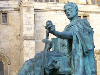 Konstantinus I, kaisar kristen pertama romawi yang beragama kristen