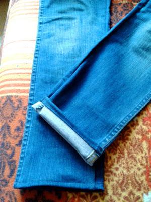 Jak zwęzić i skrócić spodnie