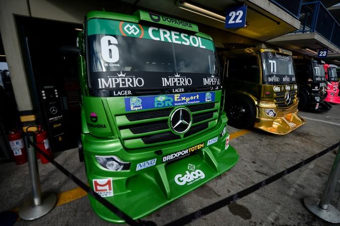 Mercedes-Benz Actros acelera pela liderança da Copa Truck 2020