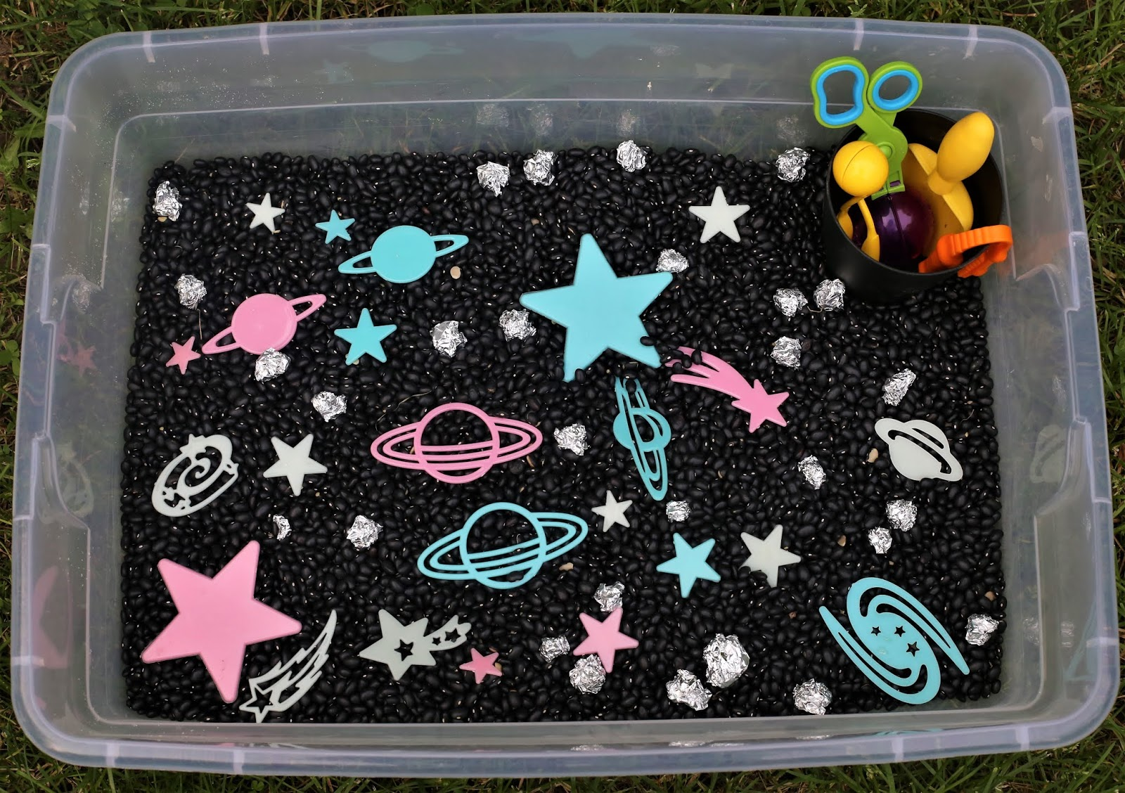 Glow in the Dark Sensory Bin