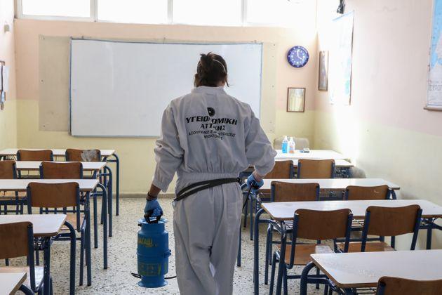 """Ομοσπονδία γονέων ΑΜΘ:  """"Με ευθύνη του Κράτους μαζικά τεστ σε εκπαιδευτικούς και μαθητές"""""""