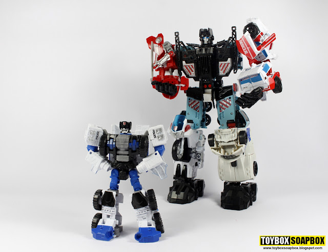 groove attached to defensor with rook