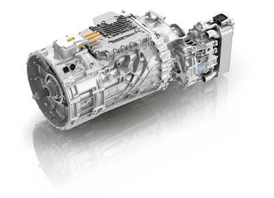ZF inicia produção de novas transmissões automatizadas para caminhões no Brasil