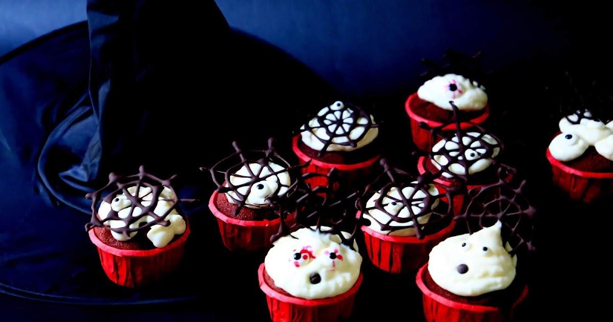 Dolcetto e scherzetto? Dolcetto! Spooky Red Velvet Cupcakes