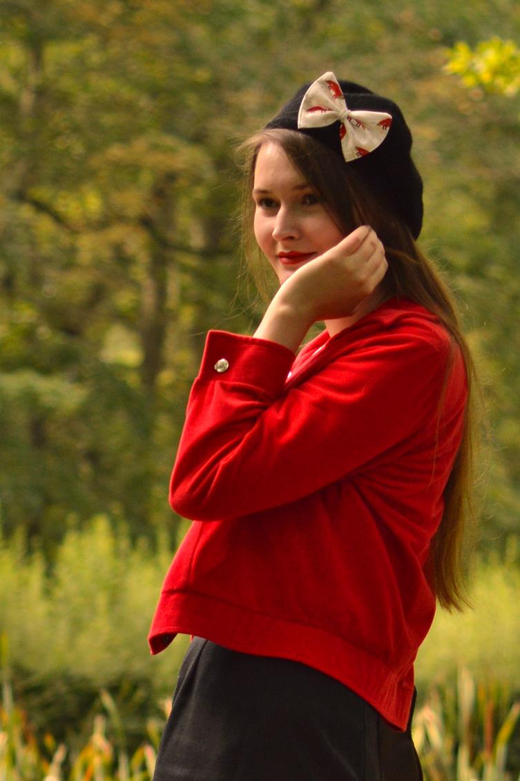 what does the fox say, autumn fox utfit, autumn outfit, how to make a box, simple box tutorial, igtv bow tutorial, georgiana quaint