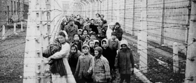 """Dr. Josef Mengele (alias """"l'angelo della morte"""" di Auschwitz)"""
