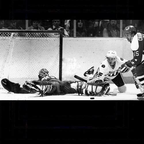 Mike Palmateer with a 'Groin save and a beauty!'                    (Have I purposely avoided '5-hole' jokes? Yes I have)