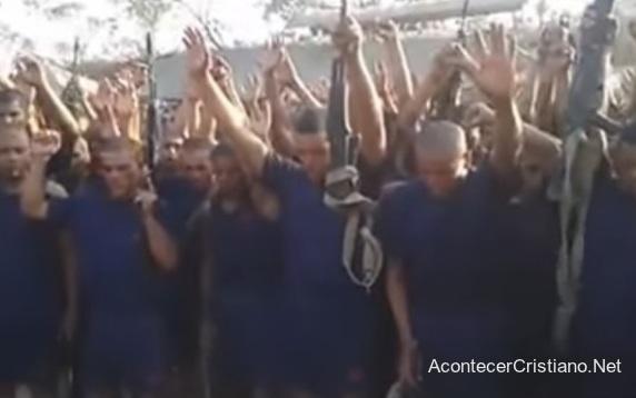 Soldados venezolanos reciben a Cristo