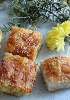 Πατσαβουρόπιτα - σουφλέ με φέτα και ανθότυρο