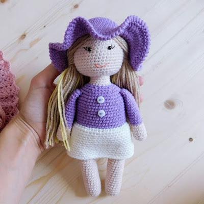 Кукла Алиса амигуруми