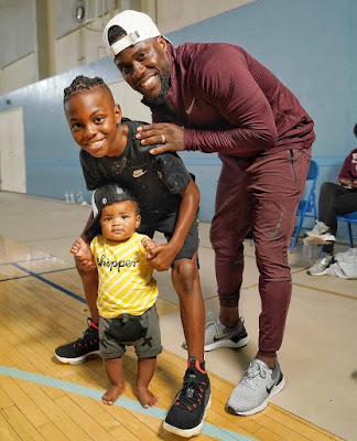 Adorable photo of #KevinHart and his sons